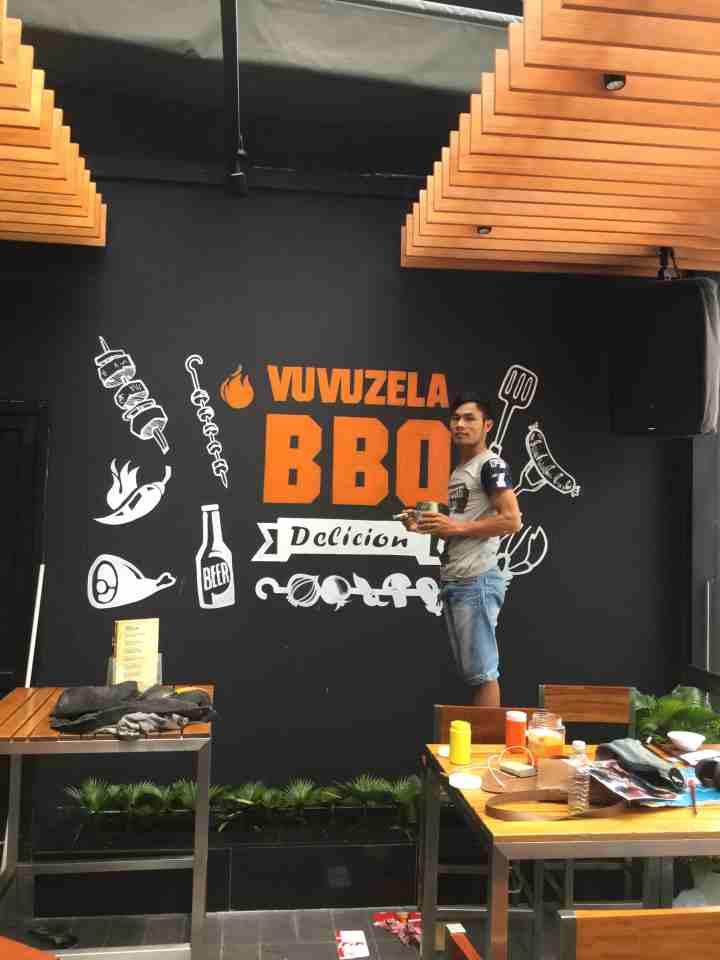 vẽ logo BBQ vuvuzila gò vấp _cách vẽ chữ logo như thế nào là đẹp.jpg.jpg